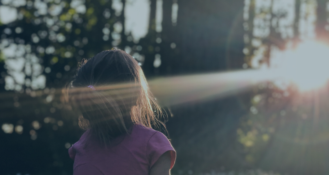 Hypnose et adoption